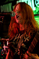 DIVA BERRY picked up her first bass at 16 and is gaining momentum with THRASHADACTYL, voted best new band in the 2014 Beer Core Awards.